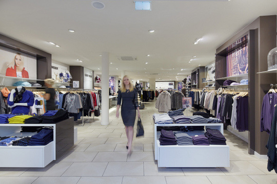 Gerry Weber store before installation of the new lighting. Image courtesy of Zumtobel.